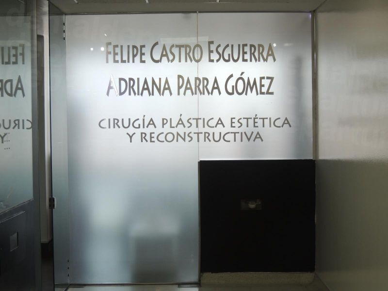 Felipe Castro Esguerra - Medical Clinics in Colombia
