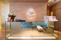 Nirunda Infinity Skin Clinic - Bangkok - Welcome to  Clinic with Nice Receptionists
