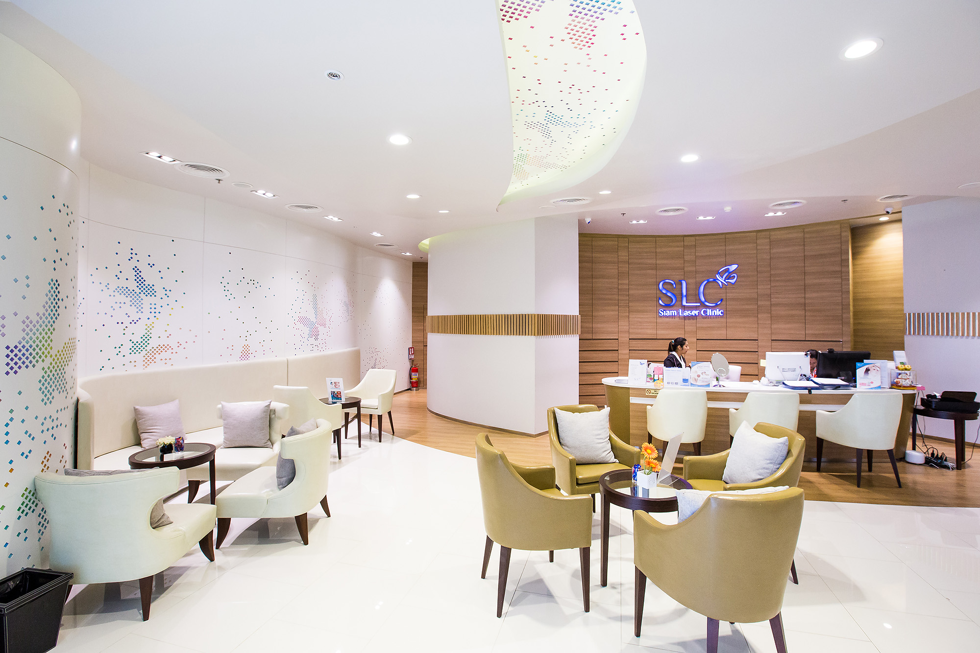 SLC - Siam Laser Clinic (Siam Square One)