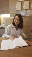 Nirunda Sukhumvit 24 Clinic - Photo of Aesthetic Doctor in her office