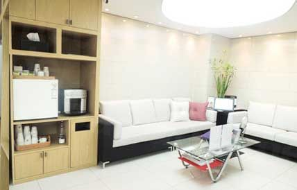 Reverse Clinic (Myeongdong) - Medical Clinics in South Korea