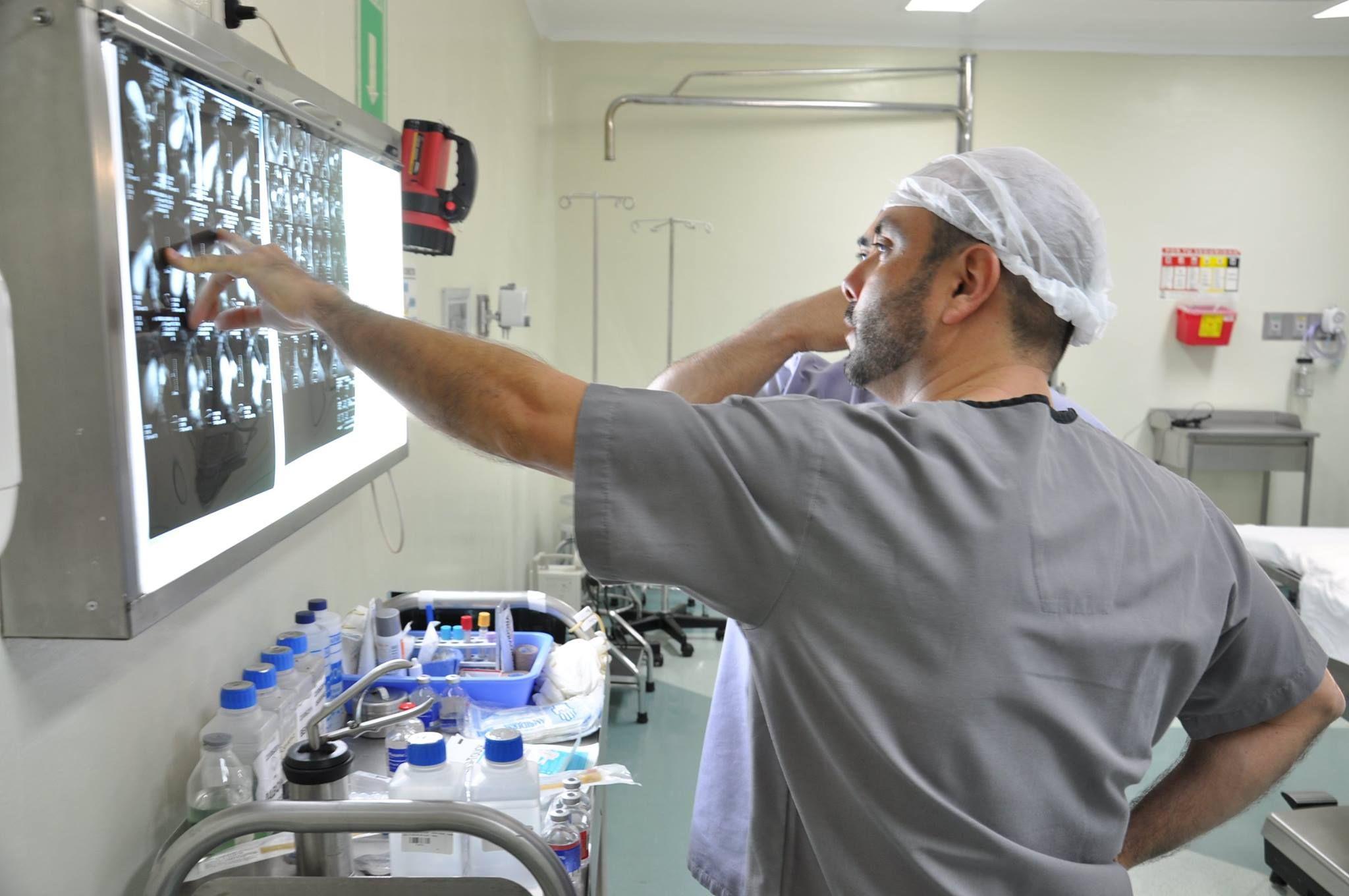 Dr. Sergio del Hoyo