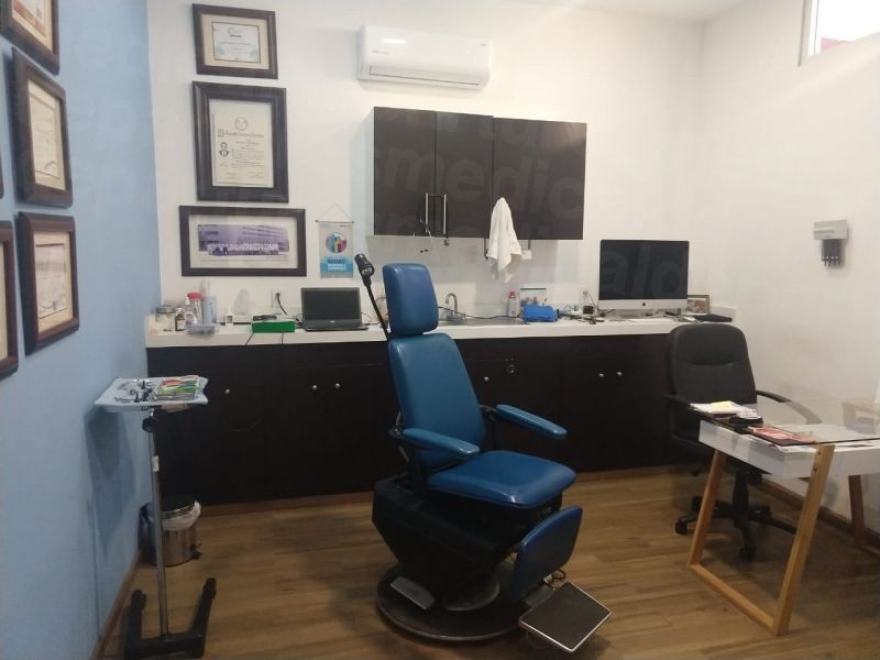 Dr. Roberto Leon - Medical Clinics in Mexico