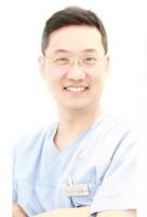 Dr.Yoong Soo, Kim