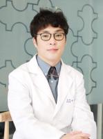 Dr.Yong Woon,Han