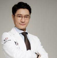 Dr.Yang, Dong Jun