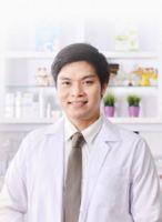 Dr.Kullawat Tadanipon