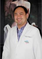 Dr. Elwyn Vincent Villavicencio Narvaez