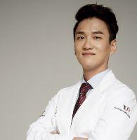 Dr.Park, Mun Su