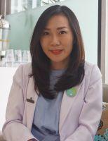 Dr.Christine Natalia